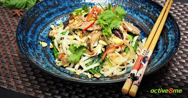 Active8me 10 Best Foods for Weight Loss Lean beef Pad Thai