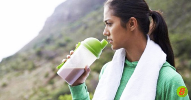 Active8me What's the Big Deal About Protein Shakes?