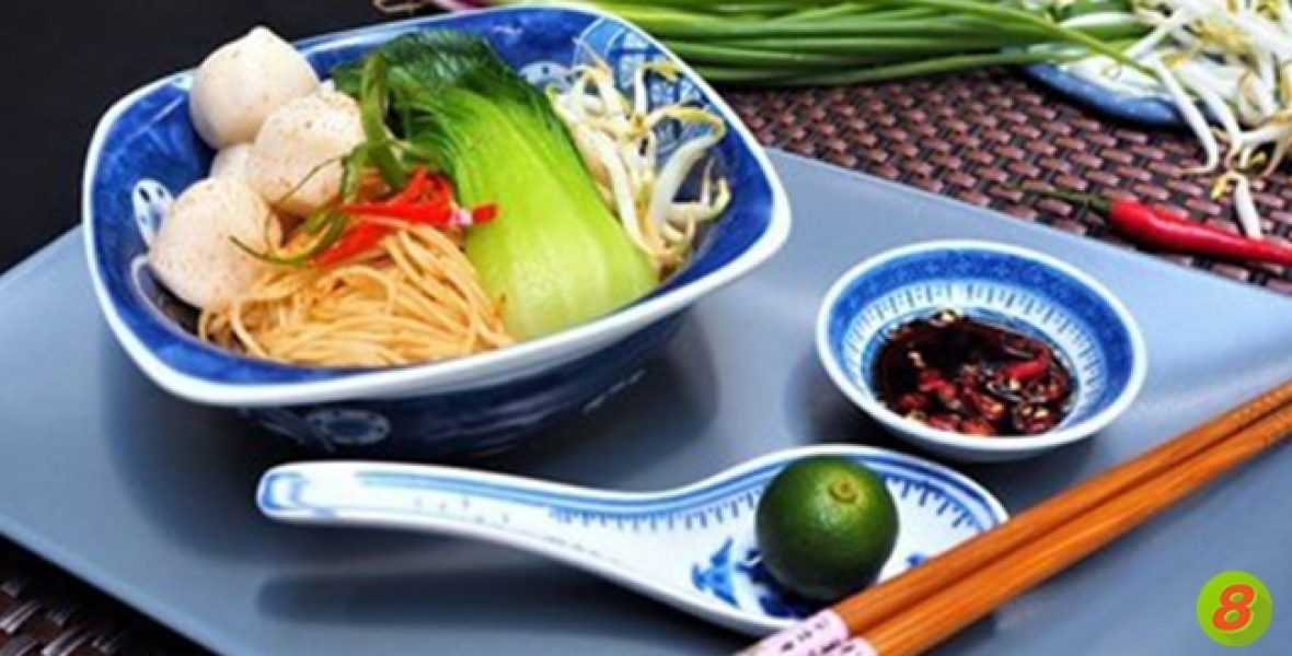 Active8me-recipe-dry-fishball-noodles